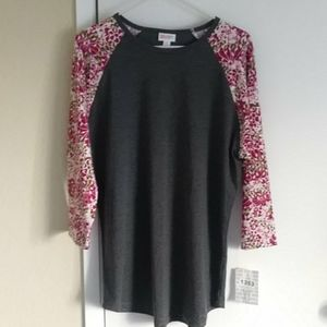 NWT Lularoe Randy 3/4 Sleeve T-shirt